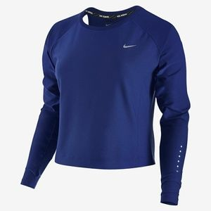 Nike Running Long sleeve crop with back cut out XS